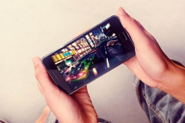 Children and teenagers comprise the majority of Iranian mobile game players